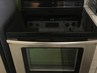 Whirlpool 5 burner electric stove and oven