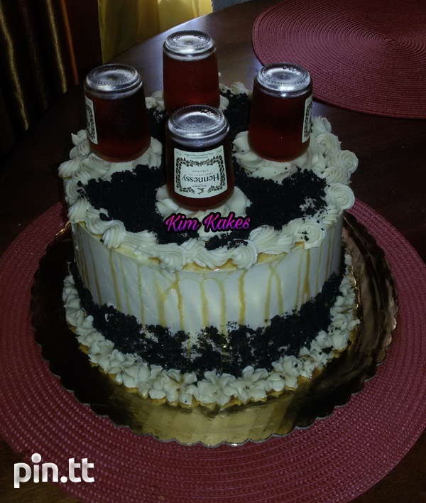 Alcohol infused cakes-1