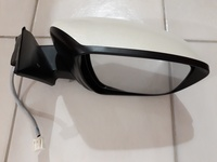 Nissan X-Trail T32 Right-Side Mirror Assembly Parts