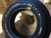 New 700 16 truck tyre