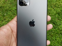 iPhone 11 Pro Max like Brand New..With Apple Product Red Silicon Case