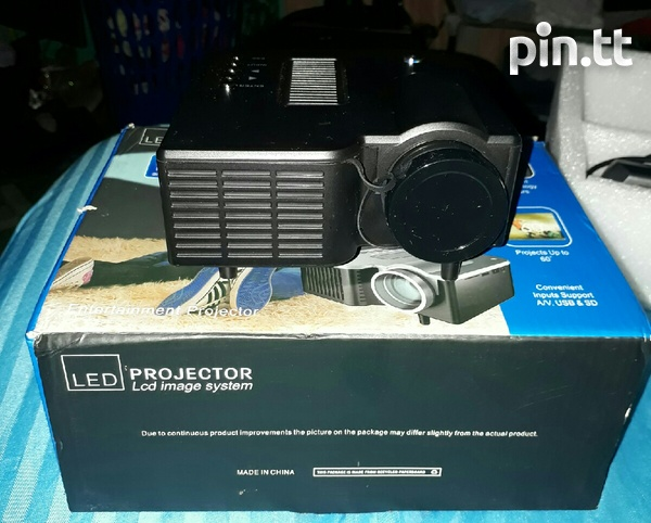 LED PROJECTOR-2