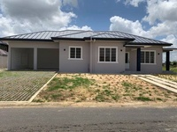 Mandalay Gardens, Arima home with 3 bedrooms