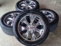 20 inch Chrome Rims and Tyres - 6 hole