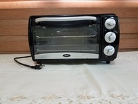 Slice Toaster Oven- Oster