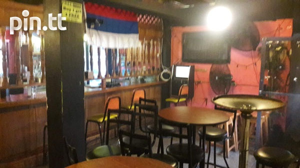 Bar fully furnished and equipped-1