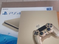 PS4 1TB brand new 9/10 condition