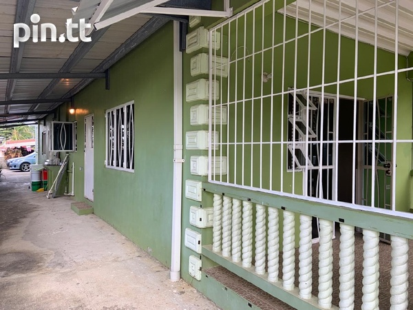 Affordable, convenient, unfurnished apartment-1