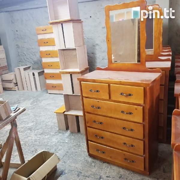 6 drawer with mirror chest of drawer