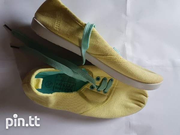 New kids shoes-2