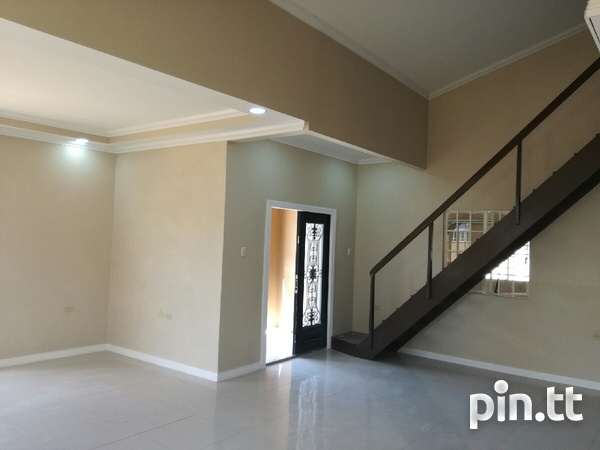 New house with 3 bedrooms-8