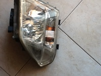 Genuine navara left head light Maska model