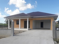 COUVA, Lovely 3-bedroom in a nice neighborhood.
