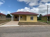 Ridgewood Arima home with 3 bedrooms