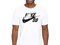 AUTHENTIC NIKE T-SHIRT