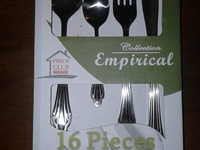 NEW 16 piece cutlery set