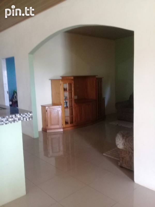 Waterloo house with 3 bedrooms-5