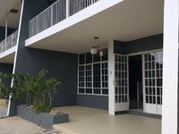 Maraval townhouse with 2 bedrooms