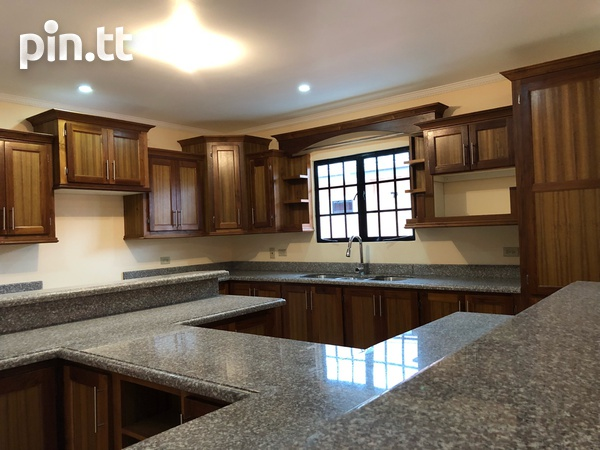 Move in Ready Central Home with 3 bedrooms-3
