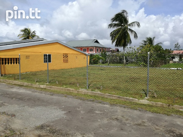 HOUSE AND LAND FURNISHED-3