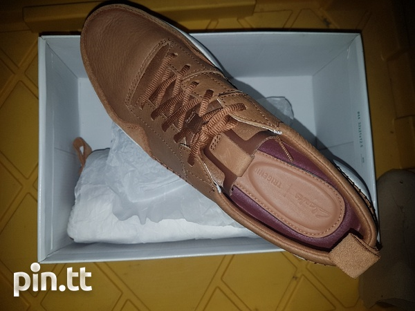 NEW Genuine leather men's Clarks shoes/trainers-4