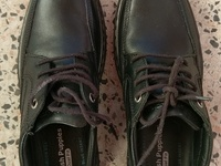 Hush Puppy mens 8.5 black leather shoes