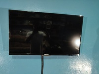 32 inch smart tv with free wall mount