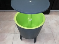 Keter 7.5-Gal Modern Cool Bar with Legs - Reduced