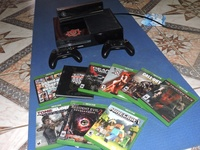 Xbox one, kinect, 9 games 2 controllers