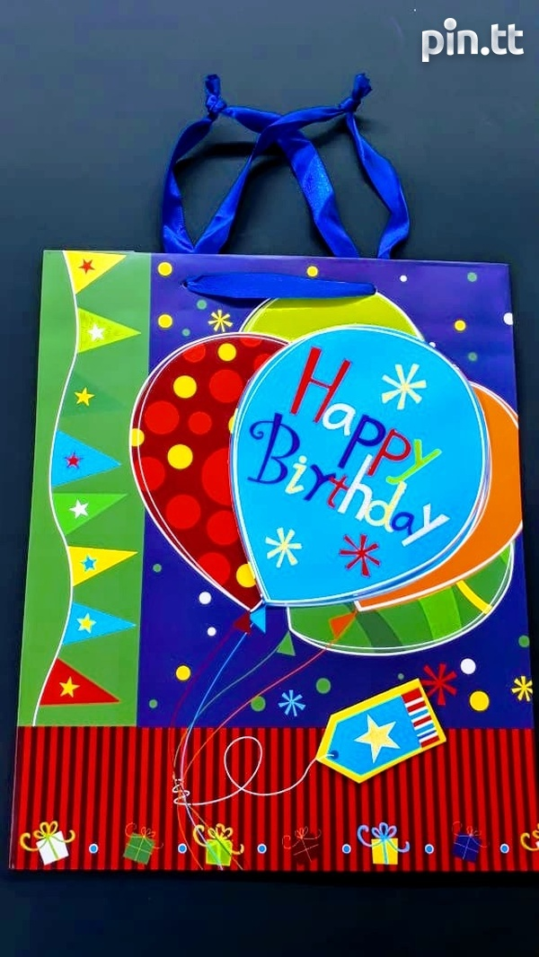 3D Birthday gift bags-3