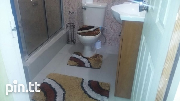 UNFURNISHED HOUSE 3 BEDROOMS-6
