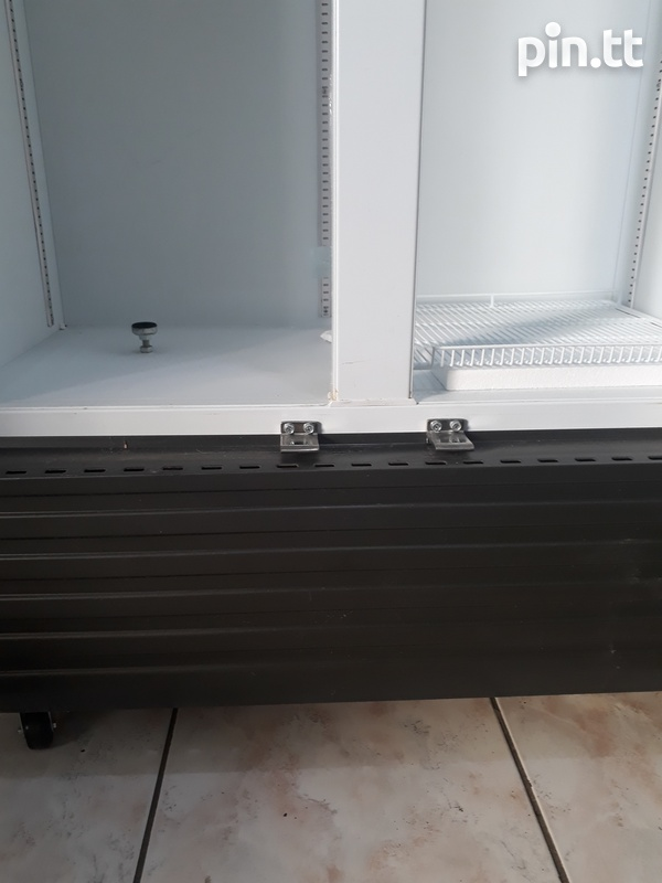 Brand new Parker non frost chillers-2