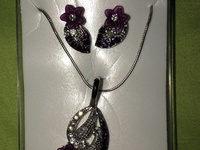 Flower leaf earring and necklace set