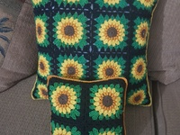 Sunflower throw pillows.