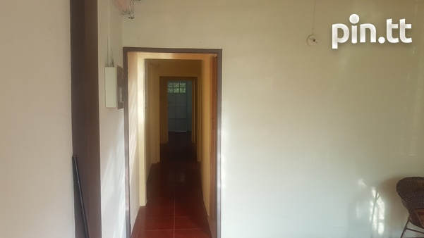 Downstairs apt with 2 bedrooms-4