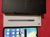 Huawei Mate 20x with M-pen