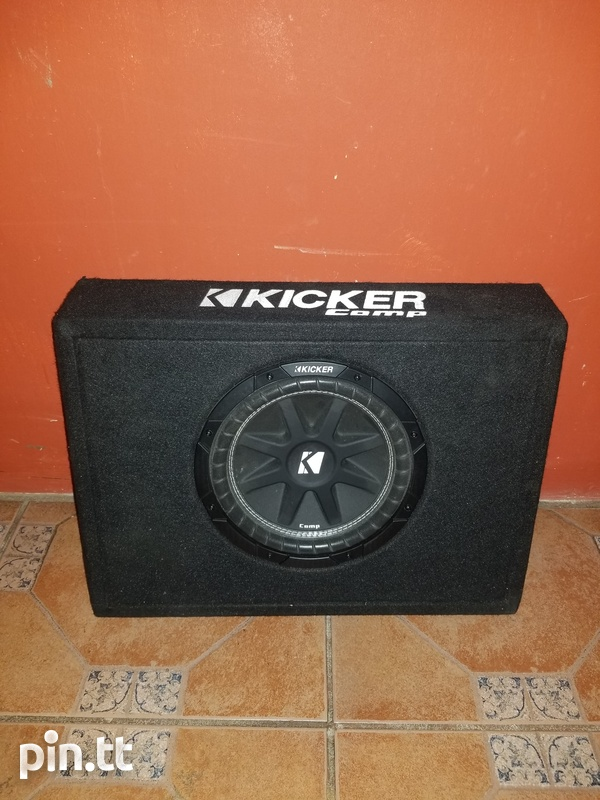 Kicker 10 inch subwoofer in box-4