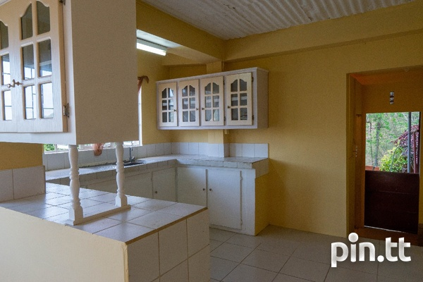 Upper Quarry St Diego Martin 2 bedroom downstairs unfurnished apt-5
