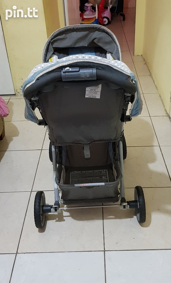 Used Graco Car Seat and Stroller-6