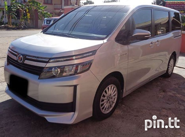 Private Luxury Car/Van for hire transportation service-1