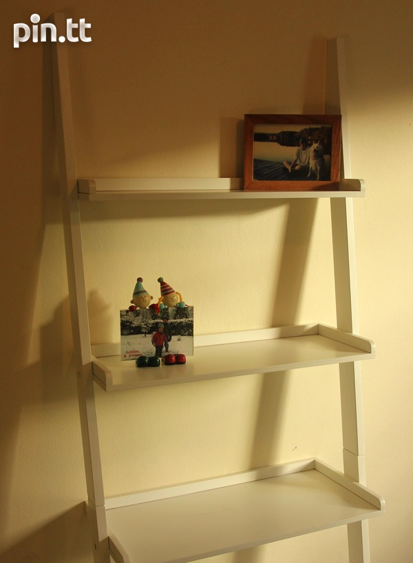 White Ladder Shelf-2