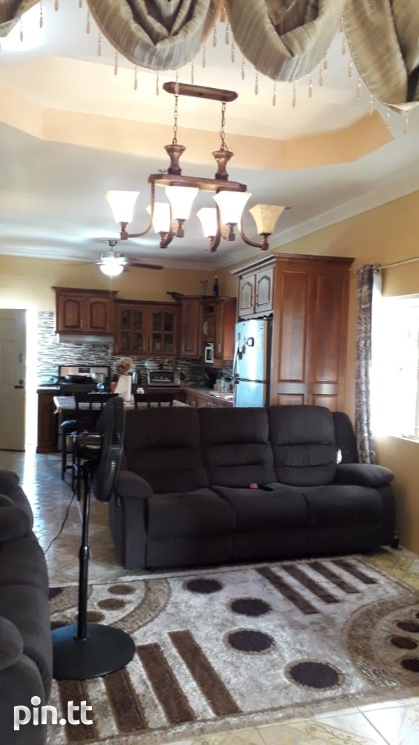 Residential/Commercial 4 Bedroom Freeport-1