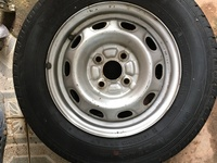 13 Inch Rim and Tyre Close Hole