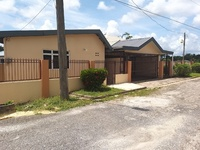 Arima house with 2 bedrooms