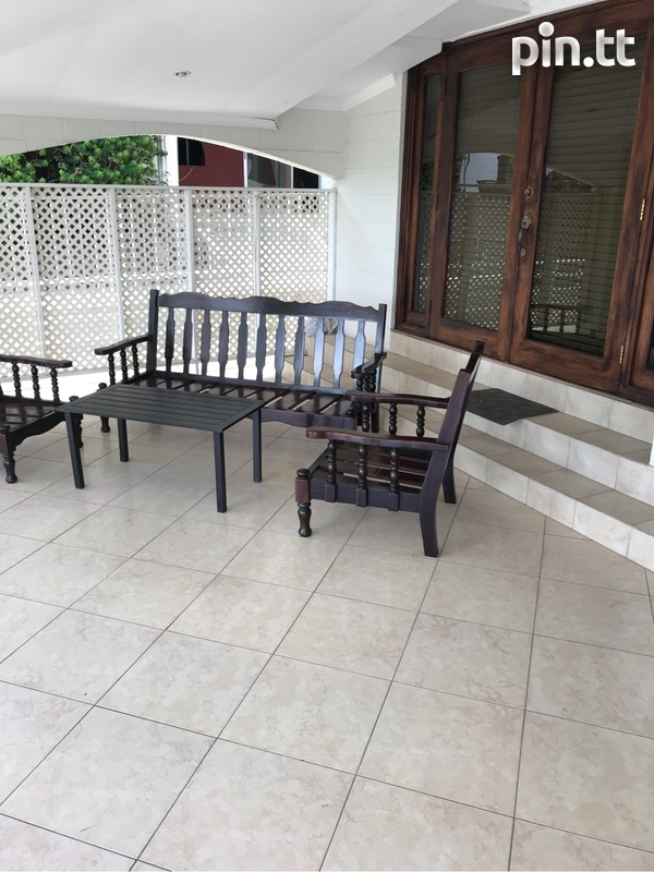 Aleong Street Vistabella townhouse with 3 bedrooms-2