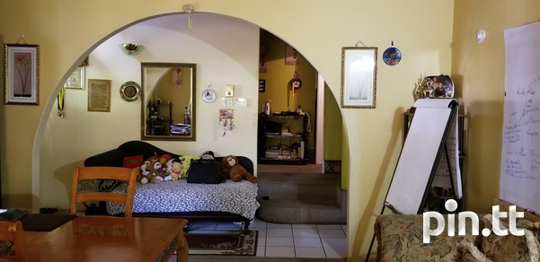 Frank Hart, Arima home with 3 bedrooms-8
