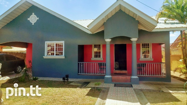 Vista Park House with 3 bedrooms-1