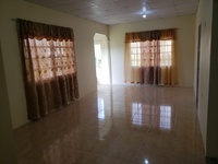 Unfurnished 3 bedroom upstairs apt