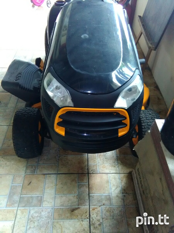 Lawn tractor-4