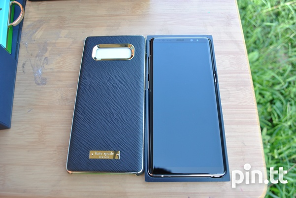 New Samsung Note 8 with Kate spade case, tempred glass and 96GB space-3